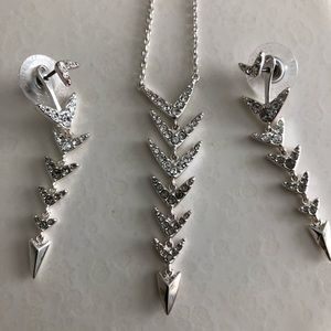 Arrow necklace and earrings